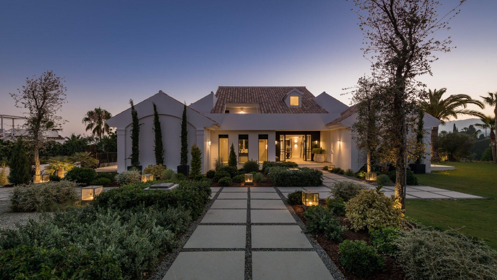Luxury Villa Elviria