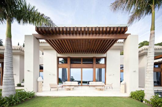 /property/stunning-new-modern-mediterranean-luxury-villa-mas260136
