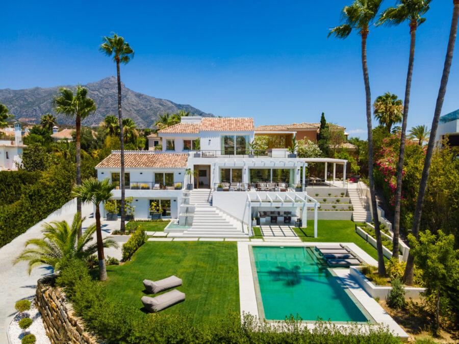 /property/modern-villa-in-nueva-andalucia-mas309438