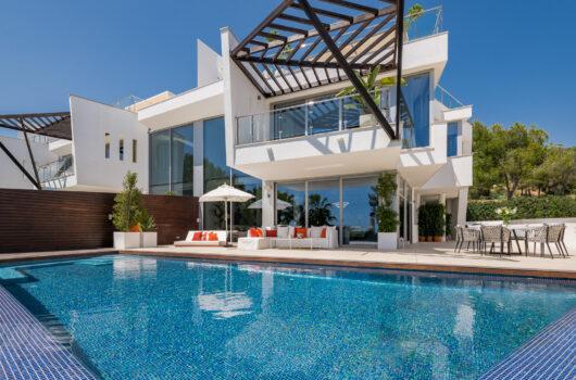 /property/contemporary-3-bedroom-semi-detached-villa-in-marbella-mas512675