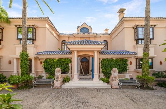 /property/stunning-6-bedroom-villa-in-marbella-mas718789