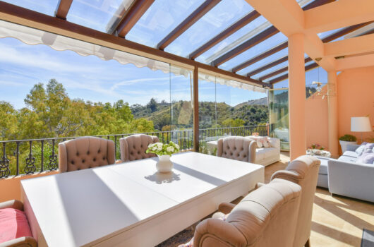 /property/stylish-duplex-2-3-bedroom-penthouse-in-vista-real-mas816550