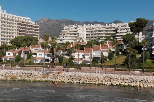 /property/5-bedroom-marbella-centre-frontline-beach-boutique-villa-mas189608
