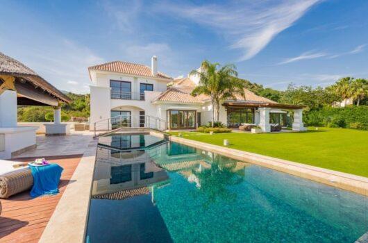 /property/contemporary-6-bedroom-villa-in-marbella-mas467391